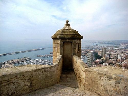 Torre vigía Castillo de santa barbara