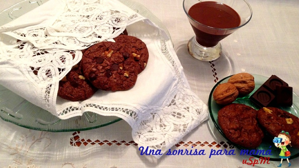 receta-galletas-cookies-con-chips-de-chocolate-y-nueces