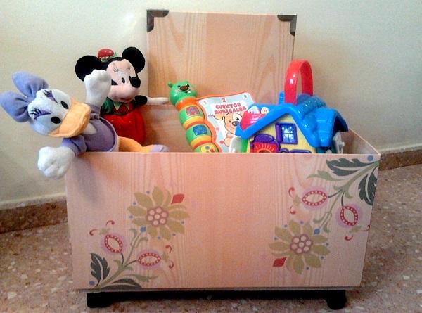 Caja para guardar juguetes una sonrisa para mam - Cajas de madera para guardar juguetes ...