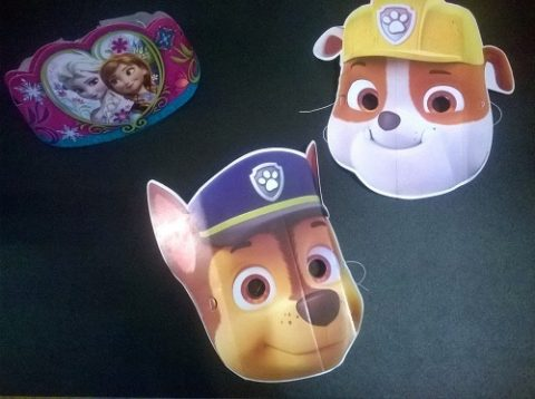 Coronas de Frozen y caretas patrulla canina