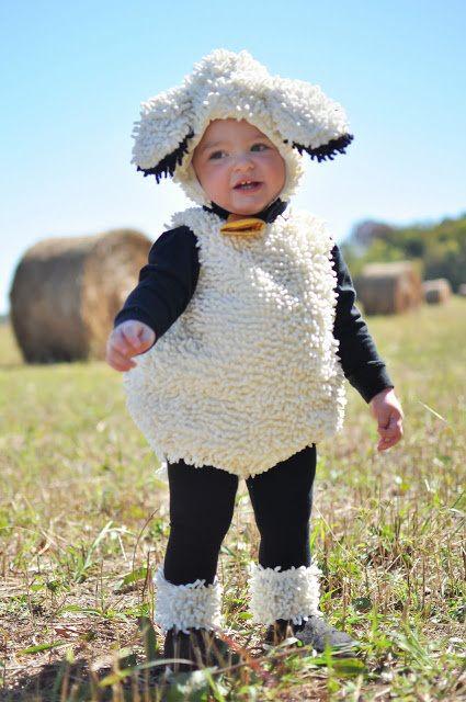 La imagen tiene un atributo ALT vacío; su nombre de archivo es disfraz-nino-oveja.jpg