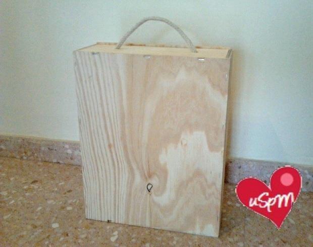 La imagen tiene un atributo ALT vacío; su nombre de archivo es hacer-cocina-de-madera-para-ninos-con-caja-de-vinos-2.jpg