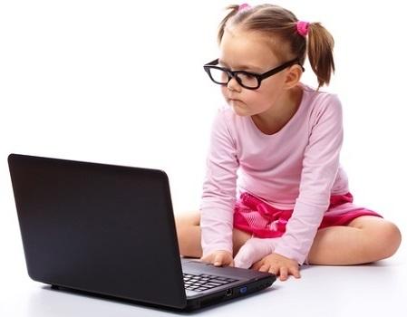 La imagen tiene un atributo ALT vacío; su nombre de archivo es ninos-y-tecnologia-control-parental.jpg
